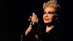 Rogéria:  Mais do que uma representante LGBT, uma estrela cheia de brilho!